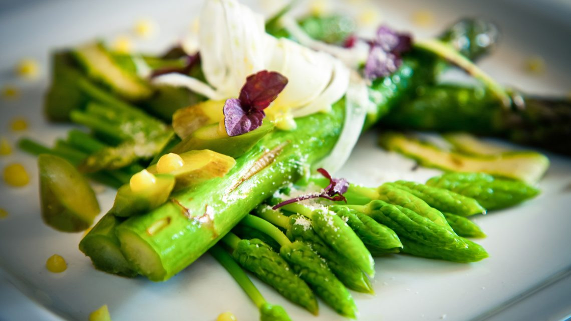 Ährenfisch-Spargel-Salat