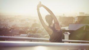 Clean Lifestyle Frau stretching