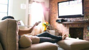 Faul auf der Couch ohne Motivation