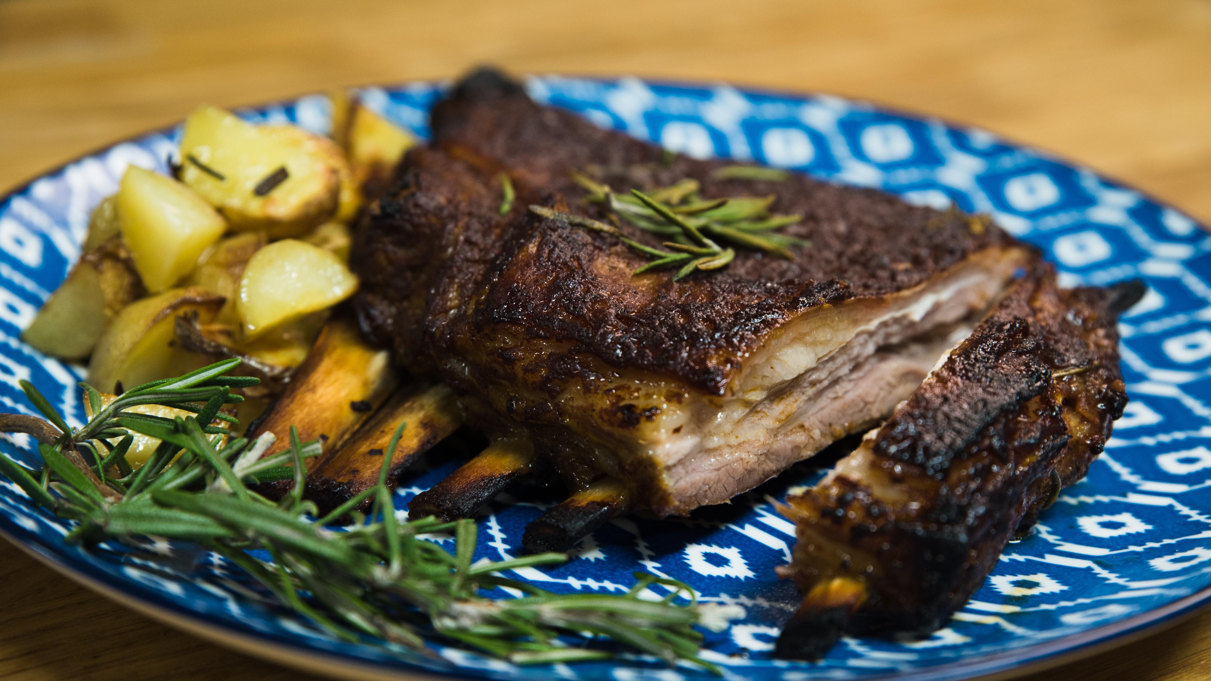 Spareribs mit BBQ-Marinade