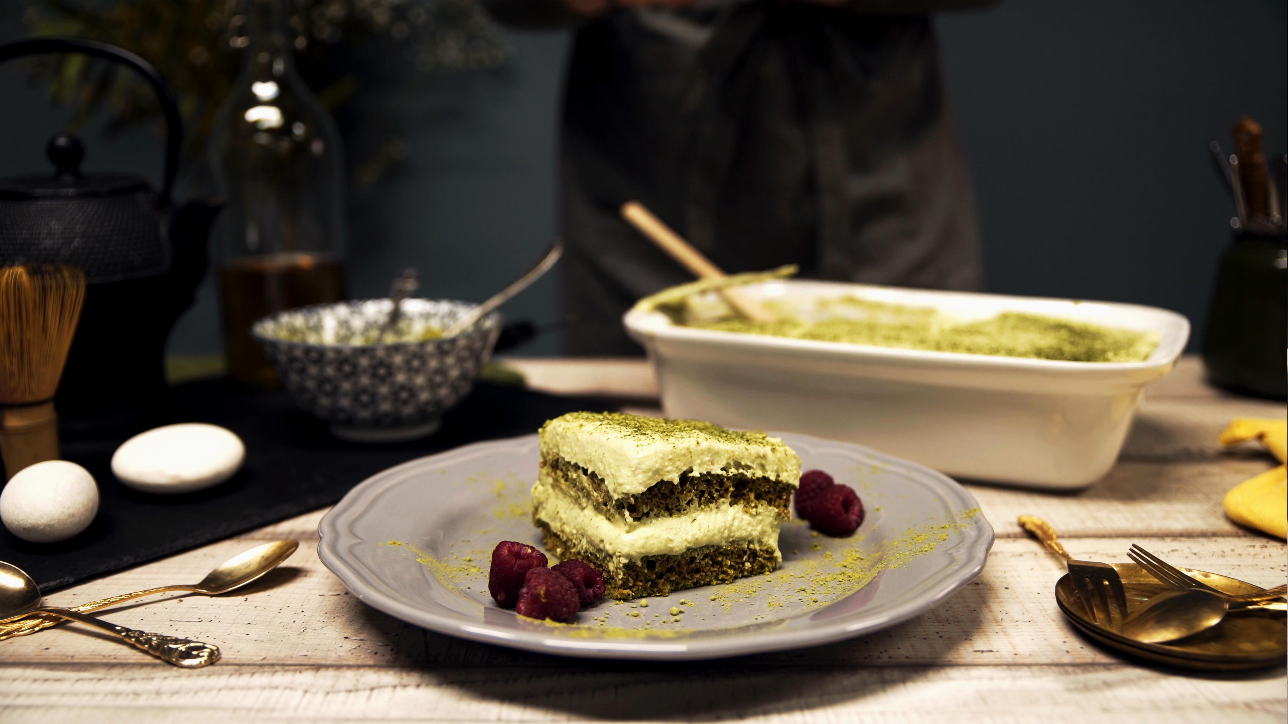 Matcha-Tiramisu als Dessert