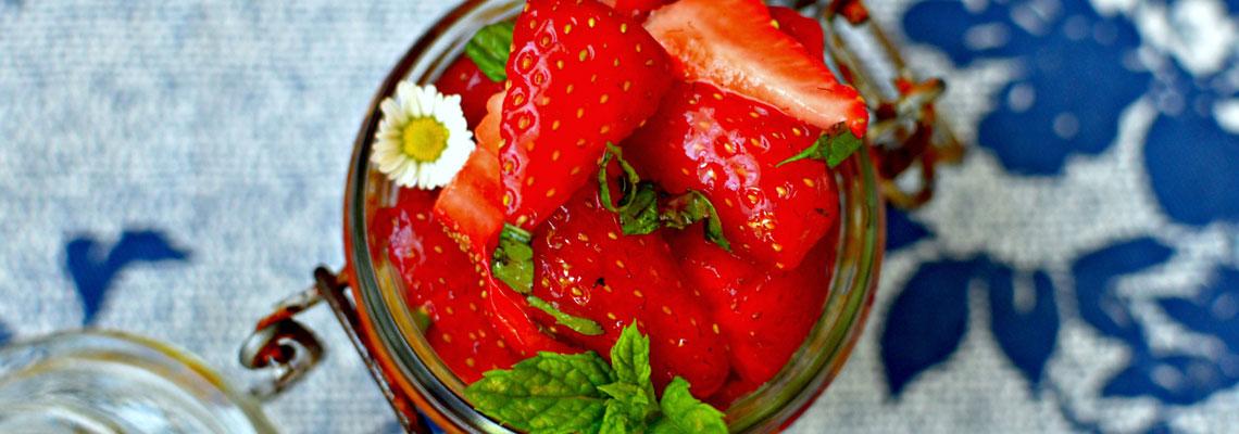Erdbeer-Minzsalat