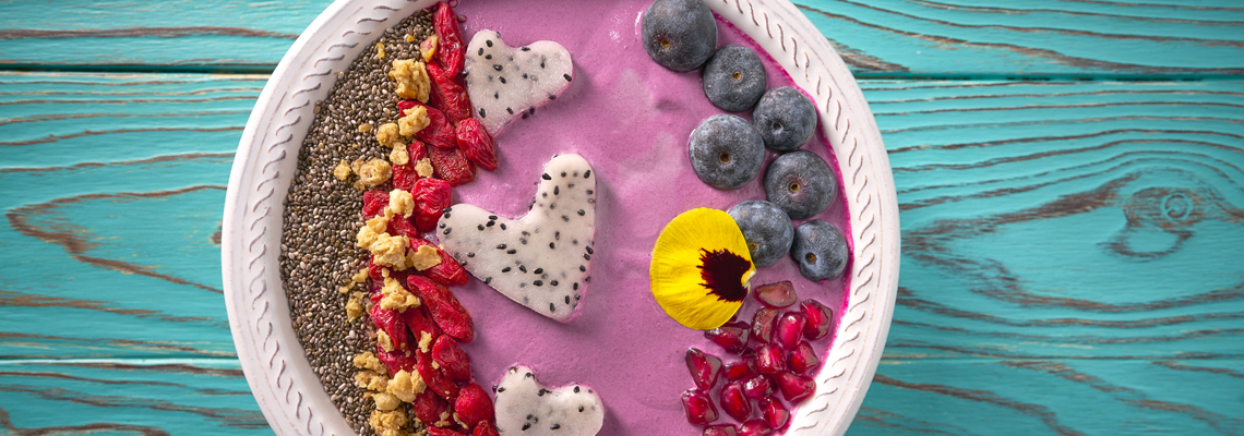 Acai-Beeren-Smoothie-Bowl