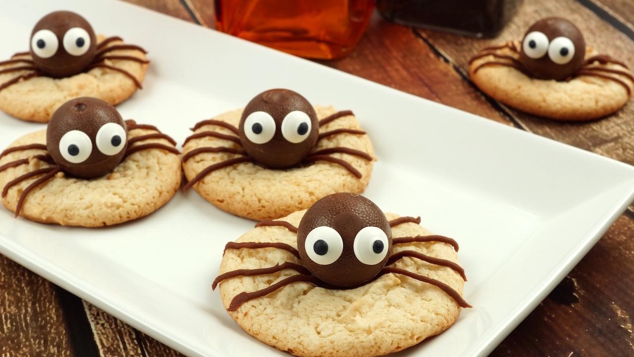 2 schaurige Halloween-Desserts