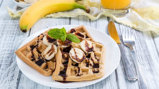 Sweet Breakfast (Waffles with Bananas and creamy Chocolate Sauce)