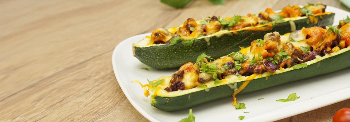 Low Carb Zucchini mit Hackfleisch und Bohnen