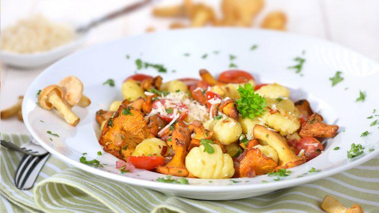 Gnocchi-Pfanne mit Pfifferlingen