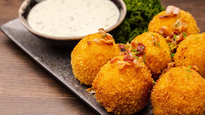Mac'n Cheese Bomben mit Brokkoli & Kartoffeln • Koch-Mit