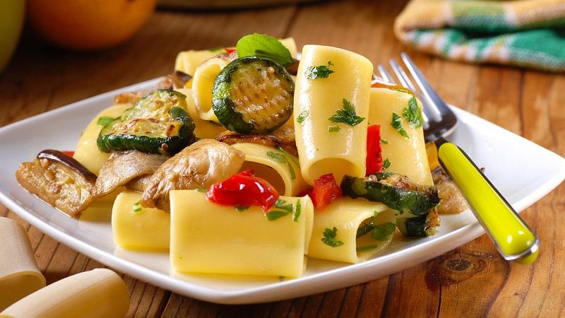 Paccheri mit gegrilltem Gemüse