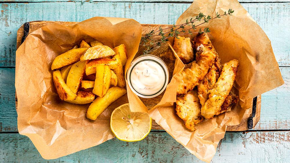 Fish & Chips mit Kräuterdip