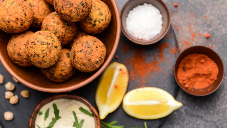 Linsenbällchen mit Curry